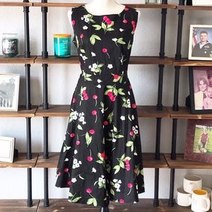 Women's| Lrg cherry & floral dress | EUC | Large